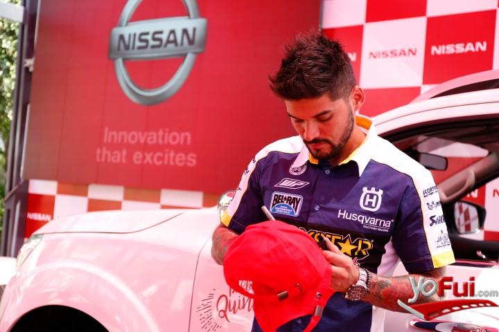 YoFui.com  Pablo Quintanilla: primer embajador de Nissan Chile, Plaza de la Cultura  (7292)